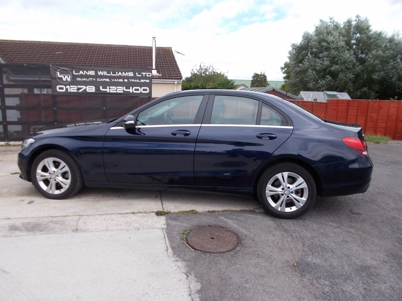 Mercedes-Benz C Class 2.0 C200 SE 4dr Auto Saloon Petrol Blue at Lane Williams Bridgwater